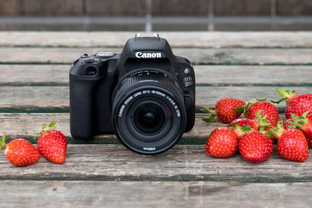 goedkope spiegelreflexcamera canon eos 200d