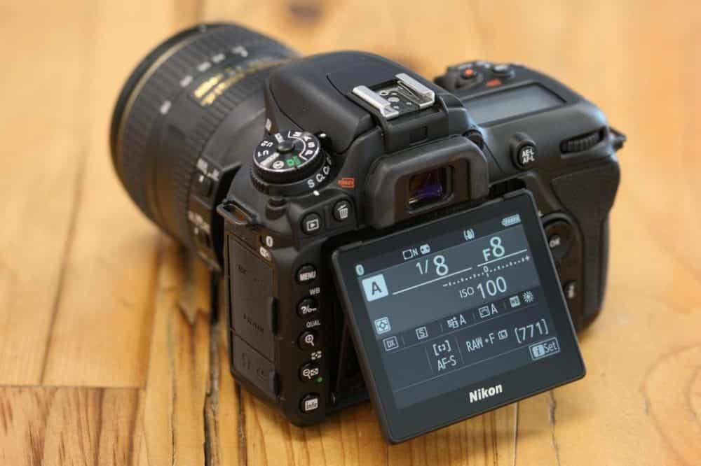 Nikon D7500 achterkant